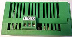 3-terminal-plug